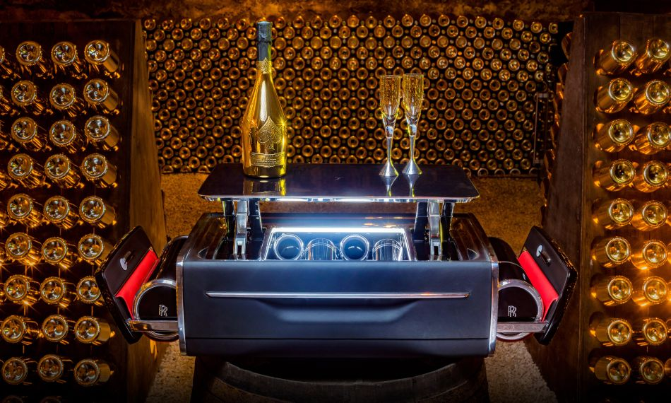 Rolls-Royce Unveils $45,000 Champagne Chest