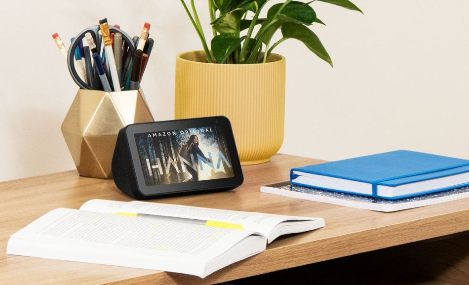 Amazon Launches New Echo Show 5 Smart Speaker with 5.5-inch Touchscreen