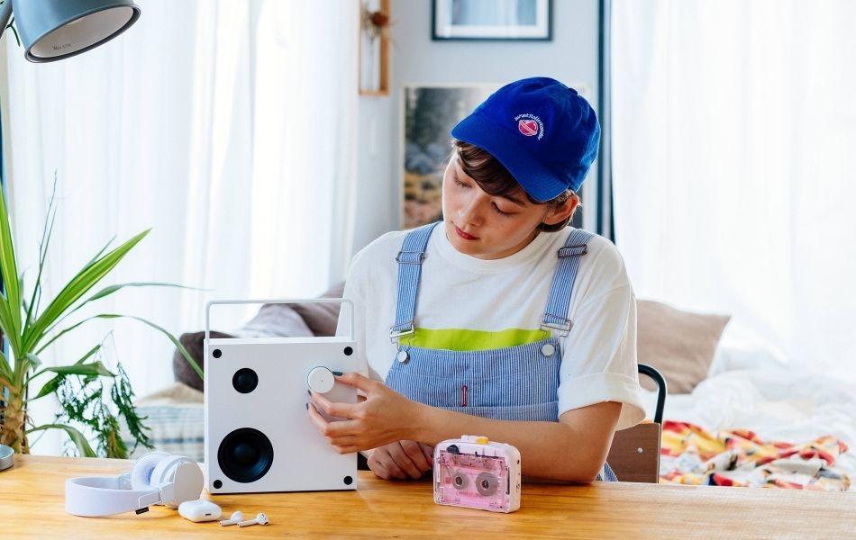 NINM Lab Launches IT'S OK Bluetooth 5.0 Cassette Player on Kickstarter