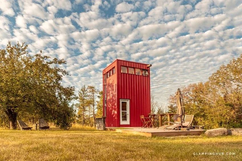This Tiny House Rental in Ontario Looks Like a Vertically Placed Shipping Container