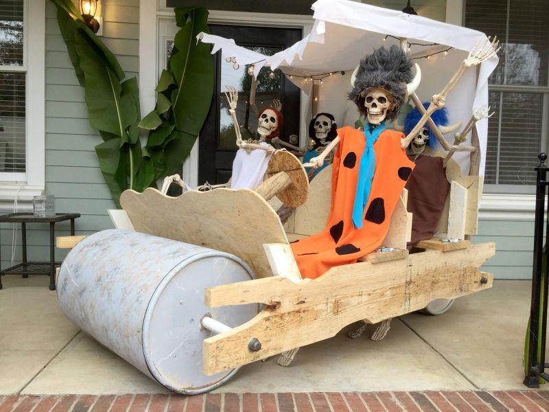 Yabba Dabba Doo! It's the FlintBones! - Outdoor skeleton decoration ideas