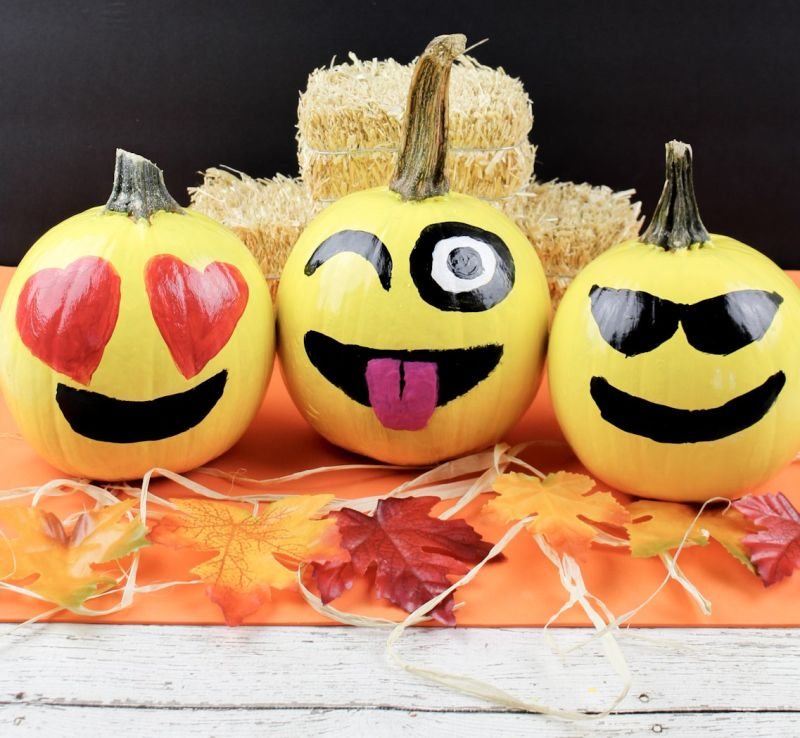 DIY emoji painted pumpkin