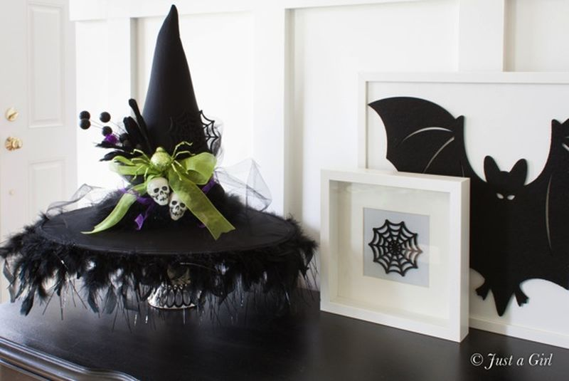 DIY witch hat for Halloween decor