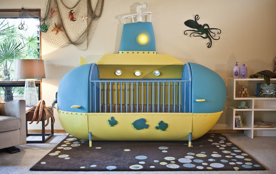 Man Builds Amazing Submarine-Inspired Crib