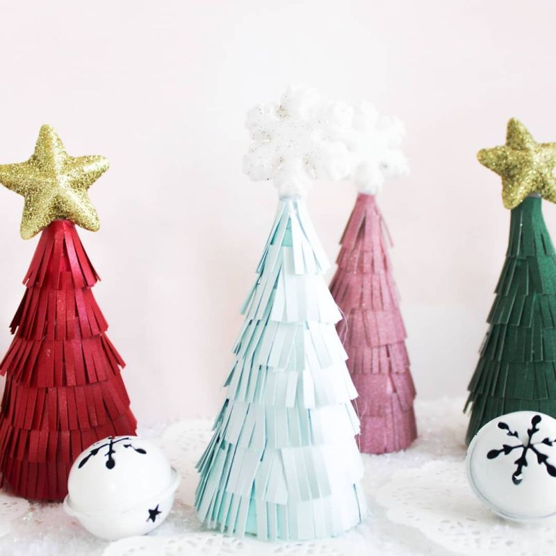 DIY Christmas tree from paper