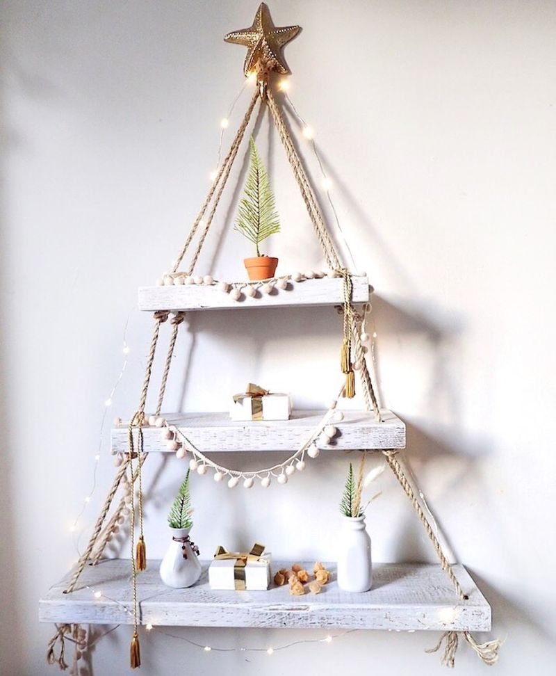 DIY Christmas tree from wood