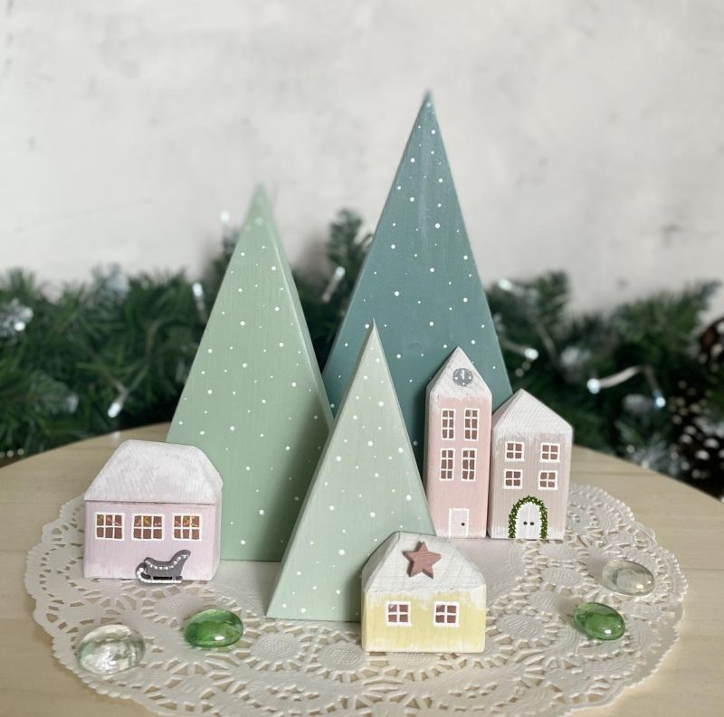 Hand painted wooden tabletop Christmas tree