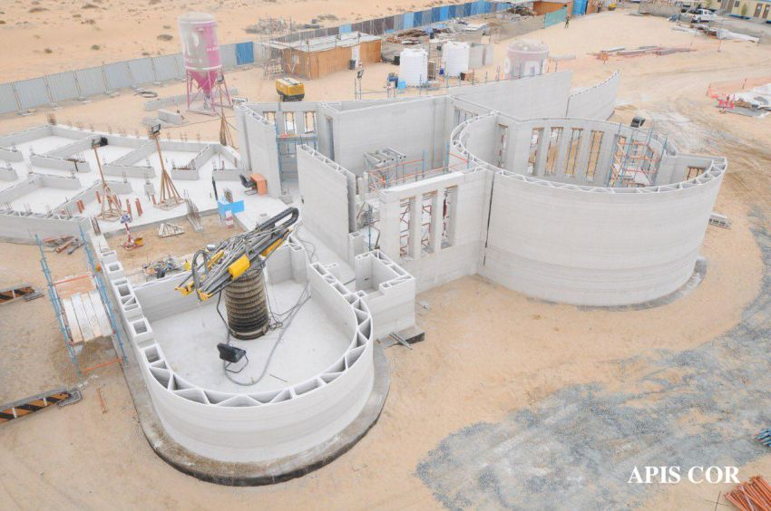 Apis Cor Completes World's Largest 3D Printed Building in Dubai