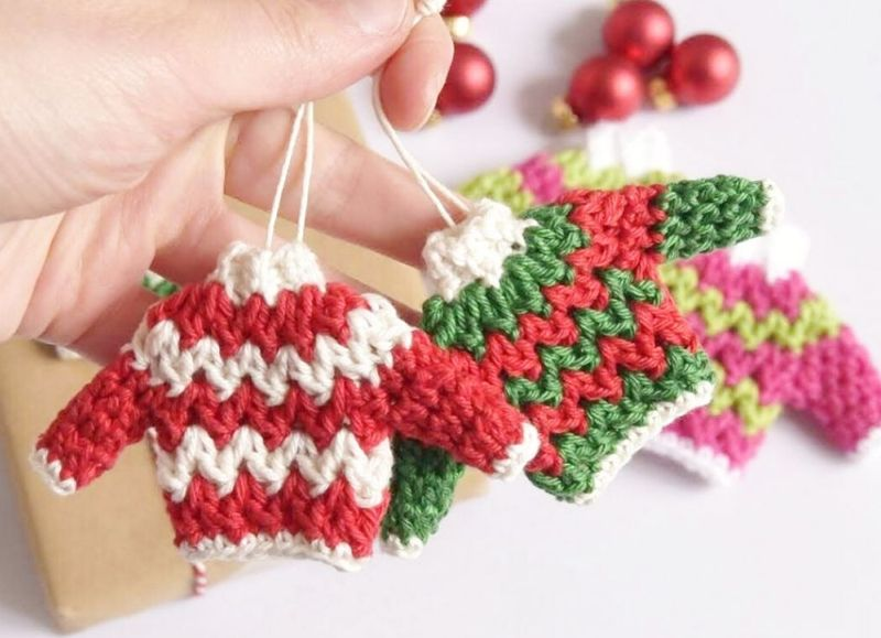 Ugly_Sweater_Christmas_Ornament