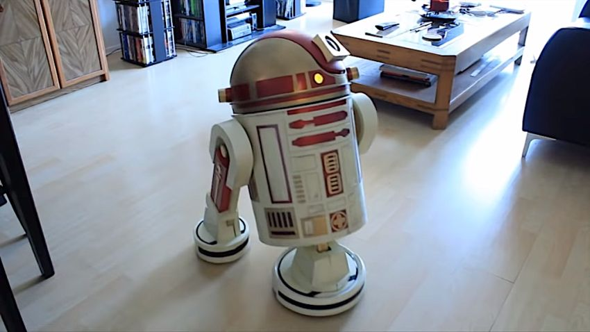Man Turns His Roomba Vacuum into Autonomous Housekeeping Droid