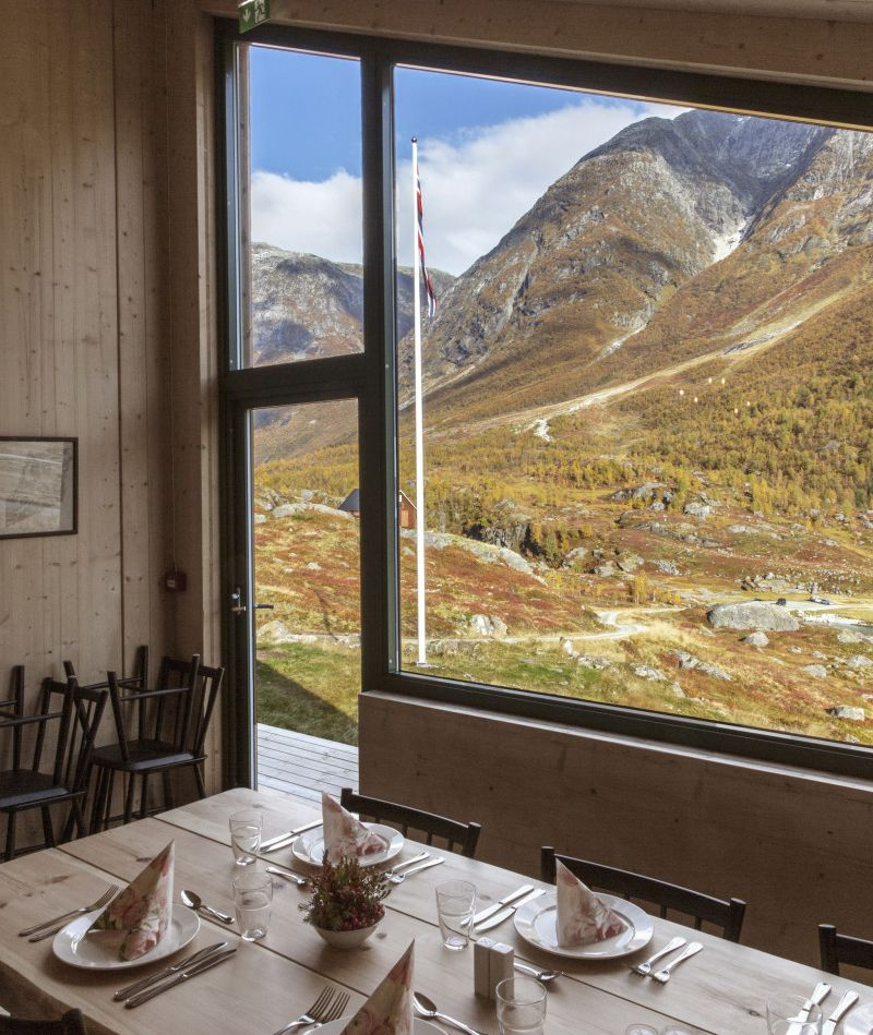 Snøhetta-Designed Tungestølen Wooden Cabins Opens for Tourists