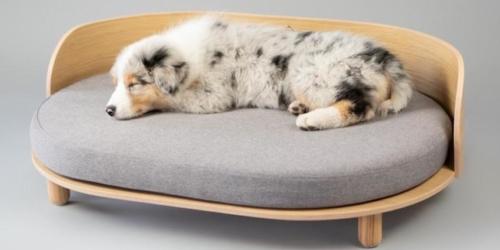 loue-dog-bed_by_Labbvenn
