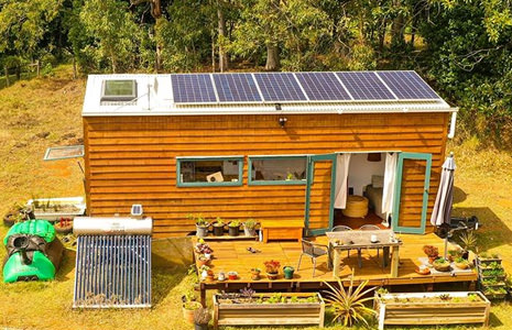 Couple-Builds-Self-Sufficient-Tiny-House-on-Wheels