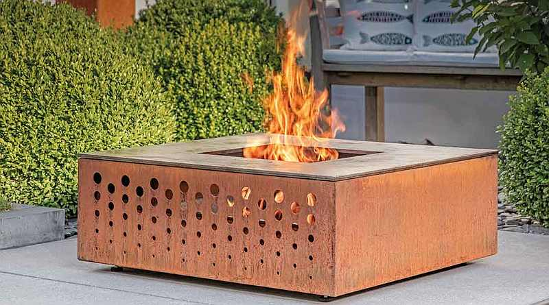 Attika QU Outdoor Fireplace