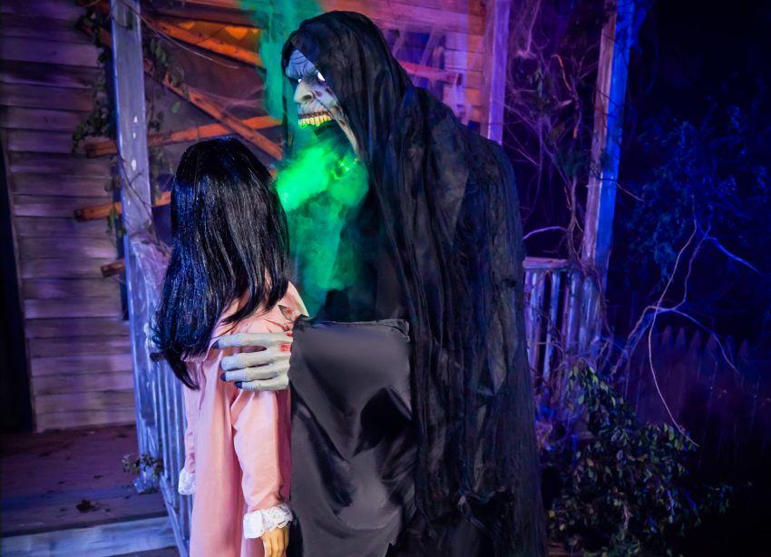 "Spirit Halloween Launches ""Harvester of Souls"" Animatronic for 2020"