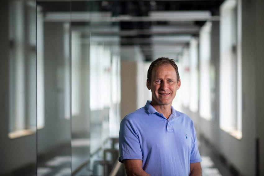 Virginia Tech Professor Creates Surface Coating That Incativates Coronavirus-1