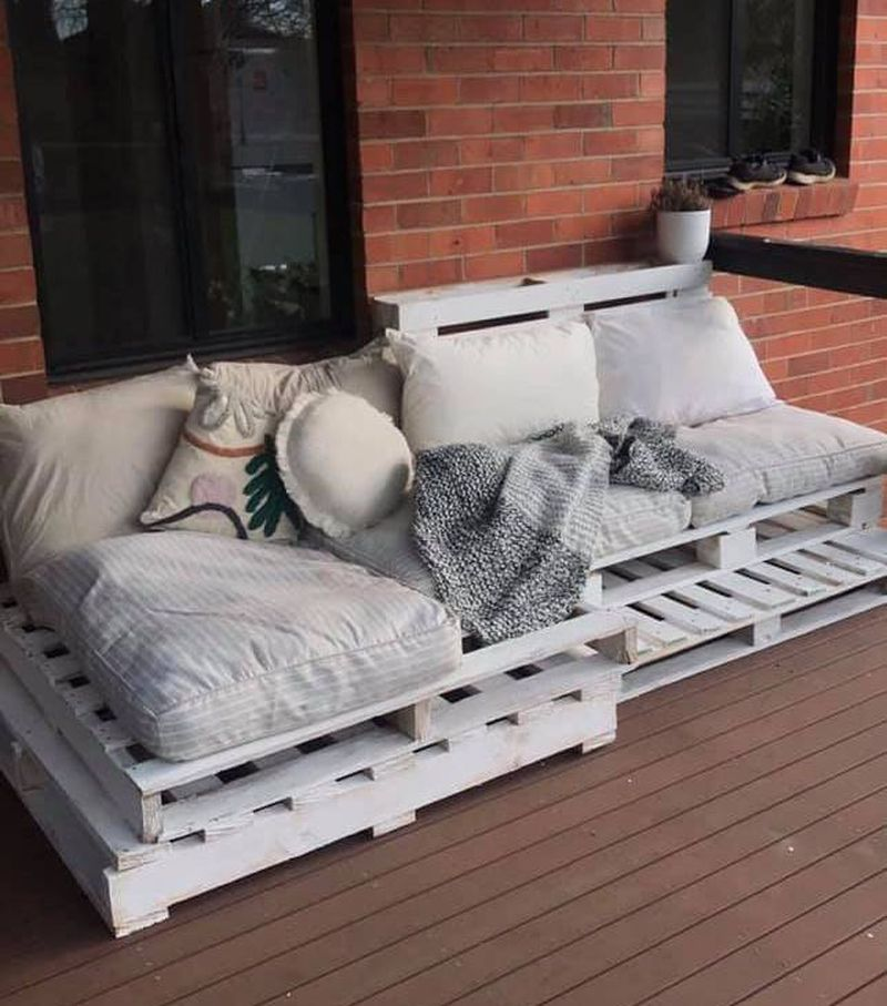 Woman Turns Pallets and Kmart Bet Beds into Stunning Outdoor Furniture