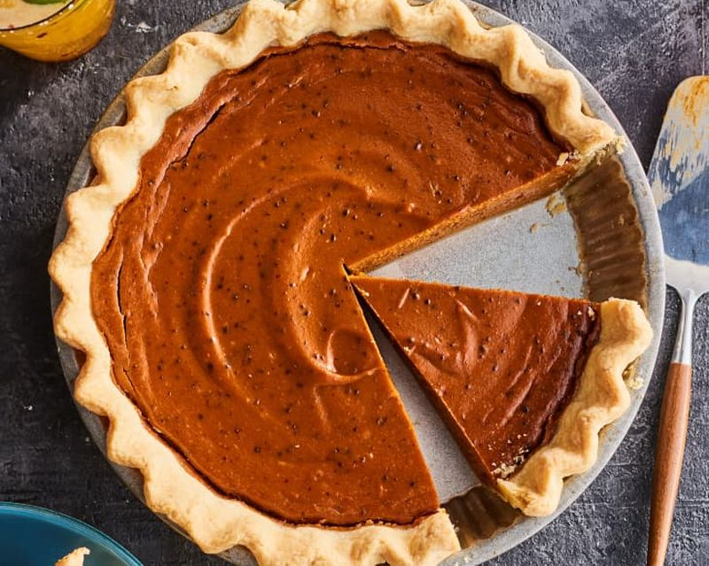 35 Absolutely Delicious Thanksgiving Pie Recipes for 2020