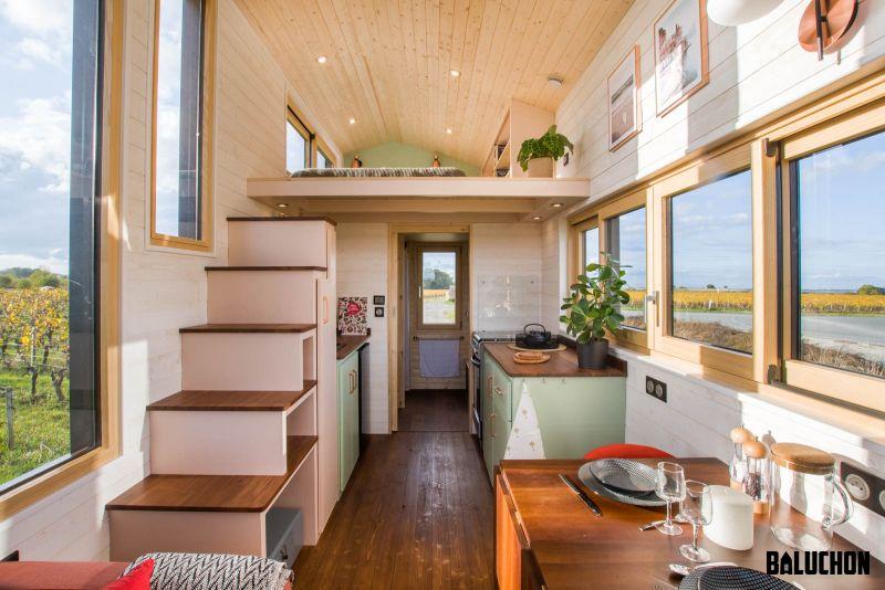 Baluchon Builds Tiny house Ala Köl for Nina and Guillaume