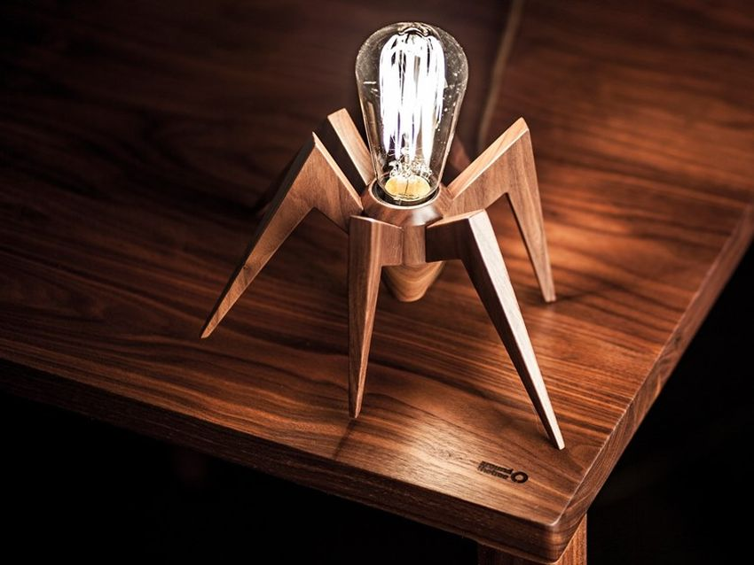 Spider Lamp by AROUNDtheTREE Boasts Remarkable Portuguese Craftsmanship