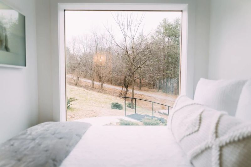 Lilypad is a Shipping Container Vacation Rental Home in Logan, Ohio