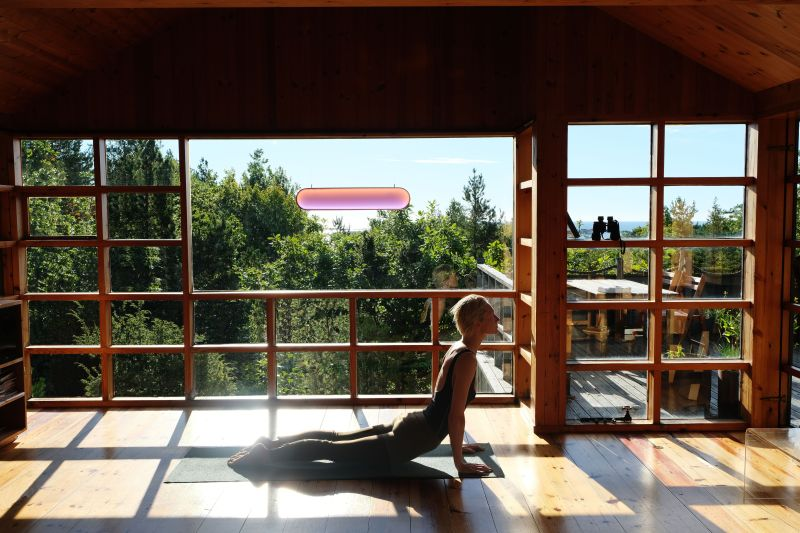 Marjan van Aubel Creates Sunne Solar-Powered Ambient Lamp for Indoors