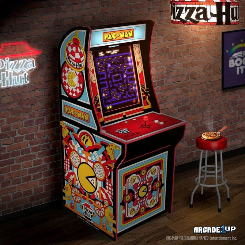 Pizza Hut Launches Limited Edition Box with QR Code to Play PAC-MAN in AR