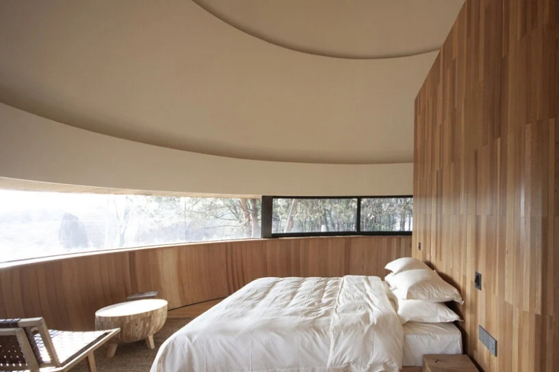 ZJJZ Atelier's The Mushroom guest house changes color with time and humidity