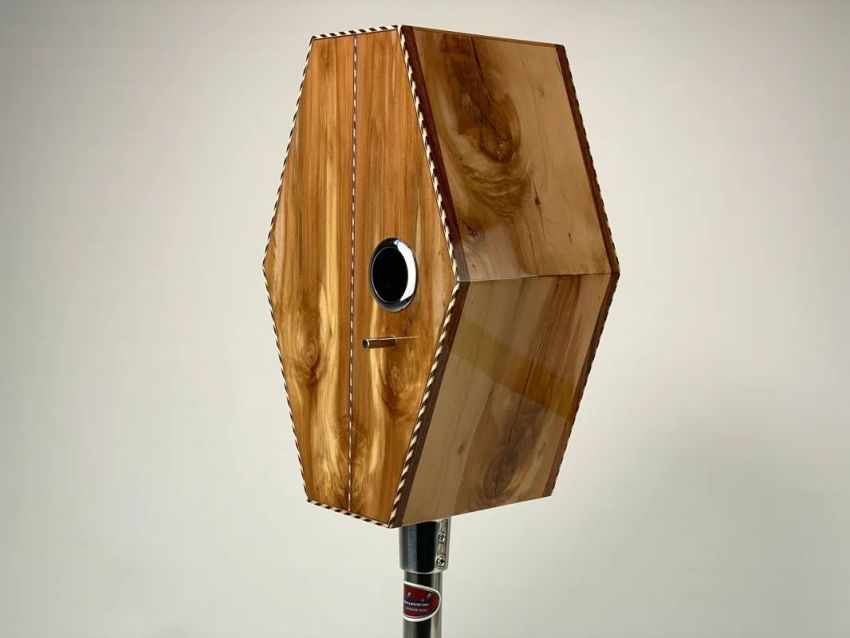 Hexocaster Luthier-Inspired Birdhouses are Perfect for Collectors