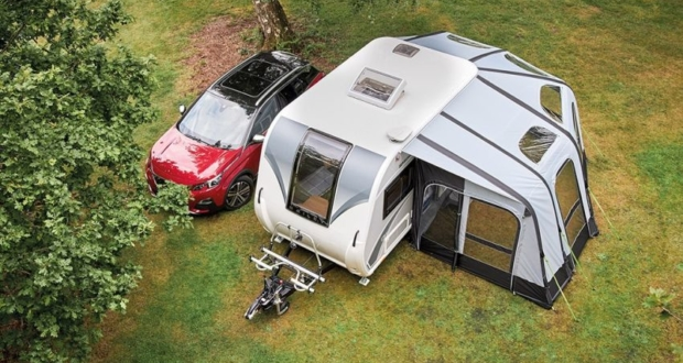 PRIMA Discovery Air Awning Adds Extra Space to Bailey Caravans