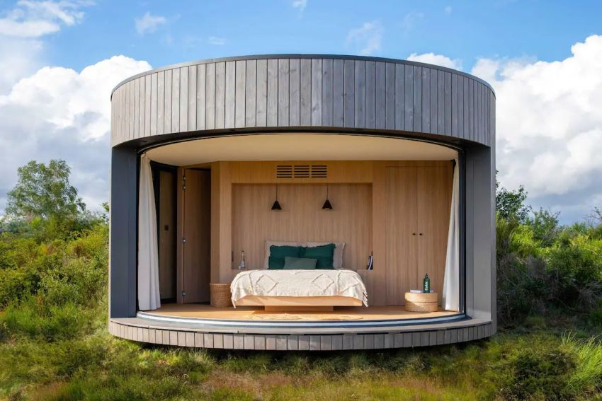 You can Stay Overnight in LumiPod Surrounded by 80 Volcanoes