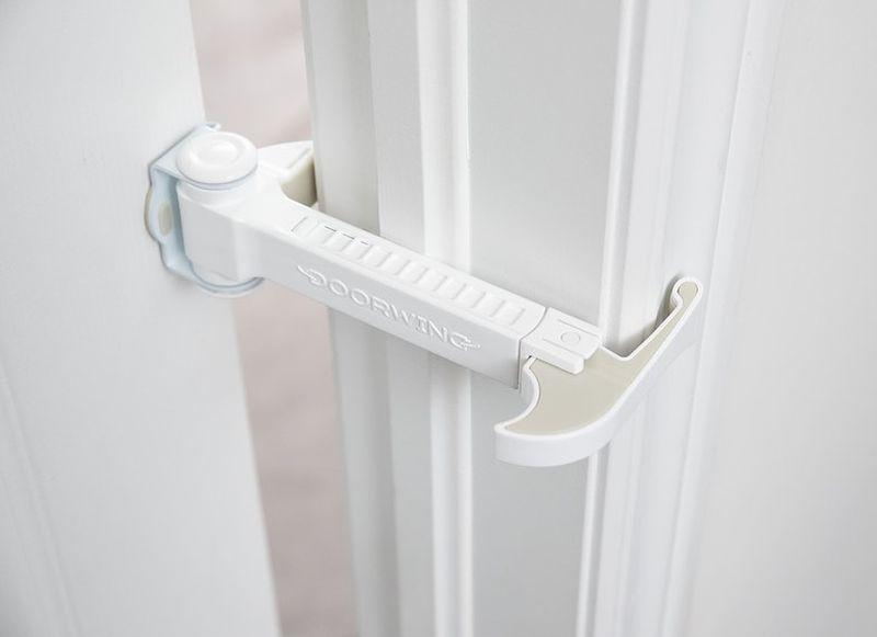 DOORWING Adjustable Door Lock Prevents Door Accidents at Home