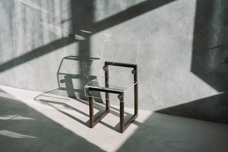 Transparent Chairs by Adorjan Portik are Minimalist Creations